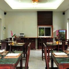 Отель Bhumlapa Garden Resort Таиланд, Самуи - отзывы, цены и фото номеров - забронировать отель Bhumlapa Garden Resort онлайн питание фото 2