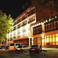 De La Mapa Hotel парковка