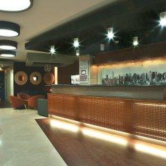 Отель America Diamonds гостиничный бар