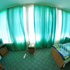 Tourist Hotel комната для гостей