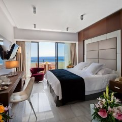Amathus Beach Hotel in Limassol, Cyprus from 369$, photos, reviews - zenhotels.com guestroom