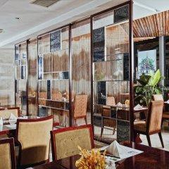 Отель DoubleTree by Hilton Shanghai Jing'an Китай, Шанхай - отзывы, цены и фото номеров - забронировать отель DoubleTree by Hilton Shanghai Jing'an онлайн питание