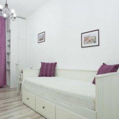 Апартаменты Na Konushennoy Apartment комната для гостей фото 4