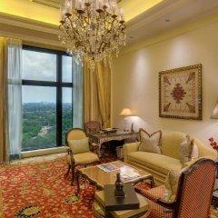 Отель The Leela Palace New Delhi 5* Люкс Grande