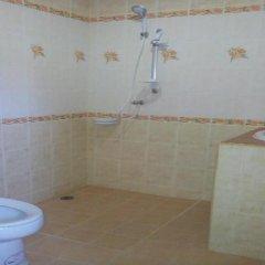 Отель Dd Guesthouse & Backpacker Самуи ванная