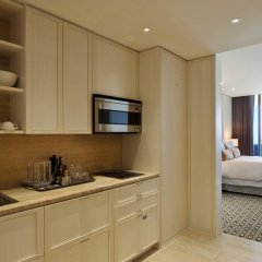 Отель The St. Regis Bal Harbour Resort в номере