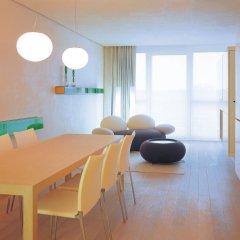 SIDE Design Hotel Hamburg 5* Люкс разные типы кроватей фото 5