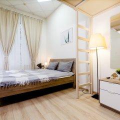 и Хостел Centeral Hotel & Hostel Стандартный номер с двуспальной кроватью (общая ванная комната) фото 2