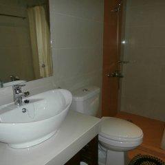 Отель Ernest's Place Boracay Филиппины, остров Боракай - отзывы, цены и фото номеров - забронировать отель Ernest's Place Boracay онлайн ванная