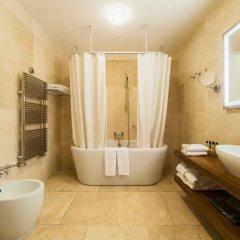 Гостиница Резиденция Крымский Бриз в Парковом 7 отзывов об отеле, цены и фото номеров - забронировать гостиницу Резиденция Крымский Бриз онлайн Парковое ванная