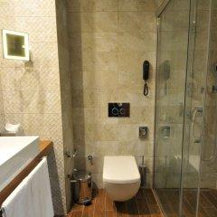 Holiday Inn Istanbul - Kadikoy Турция, Стамбул - 1 отзыв об отеле, цены и фото номеров - забронировать отель Holiday Inn Istanbul - Kadikoy онлайн ванная