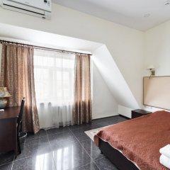 Гостиница Хитровка Стандартный семейный номер с различными типами кроватей фото 2