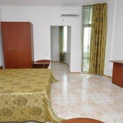 Гостиница Вилла Камилла в Лазурном отзывы, цены и фото номеров - забронировать гостиницу Вилла Камилла онлайн Лазурное комната для гостей фото 6