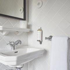 Hotel Rendez-Vous Batignolles Париж ванная фото 8