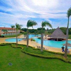 Отель Hodelpa Garden Suites бассейн