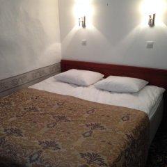 Отель Three Crowns Residents Номер Эконом с различными типами кроватей фото 2