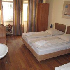 Отель Litty's Hotel Германия, Мюнхен - отзывы, цены и фото номеров - забронировать отель Litty's Hotel онлайн комната для гостей фото 2