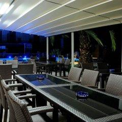 Pegasus Hotel бассейн