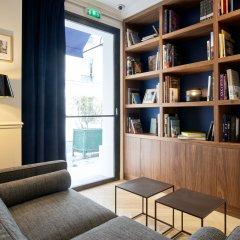 Hotel Rendez-Vous Batignolles Париж развлечения