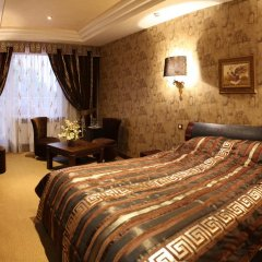 Ресторанно-гостиничный комплекс Надія сейф в номере
