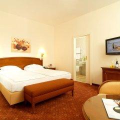 Hotel Stefanie 4* Улучшенный номер с различными типами кроватей фото 3