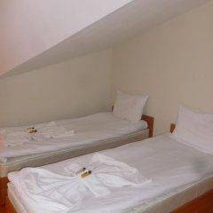 Отель Eagles Nest Aparthotel Банско комната для гостей фото 2