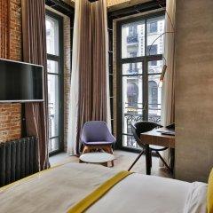 Отель Ikonik The Public 4* Улучшенный номер с различными типами кроватей фото 2