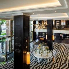 Отель Hilton Vienna Plaza Вена интерьер отеля