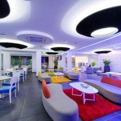 Отель Tasia Maris Oasis гостиничный бар