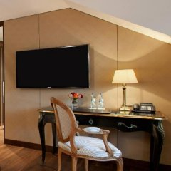 Hotel Vier Jahreszeiten Kempinski München 5* Представительский номер Делюкс с различными типами кроватей фото 4
