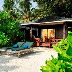 Отель Royal Island Resort And Spa 5* Вилла Пляж с различными типами кроватей