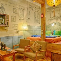 Lavender Circus Hostel интерьер отеля фото 4