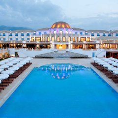 Отель Mitsis Laguna Resort & Spa бассейн