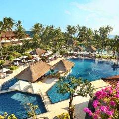 Nusa Dua Beach Hotel & Spa бассейн фото 4