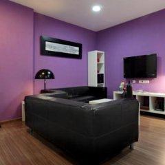 Отель Hostal Nitzs Bcn комната для гостей