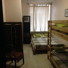 Хостел Таврида Стандартный семейный номер с двуспальной кроватью