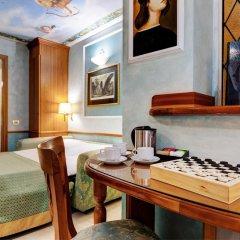 Hotel Amalfi 3* Стандартный семейный номер с различными типами кроватей фото 3
