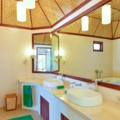 Отель Thulhagiri Island Resort ванная фото 2