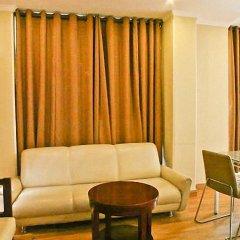 Отель Clarks Inn Nehru Place Индия, Нью-Дели - отзывы, цены и фото номеров - забронировать отель Clarks Inn Nehru Place онлайн комната для гостей фото 6