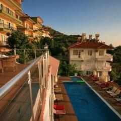Отель Bella Vista Suite Аланья бассейн