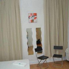 Отель Pension Helena Испания, Мадрид - отзывы, цены и фото номеров - забронировать отель Pension Helena онлайн комната для гостей фото 10