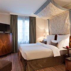 Отель Warwick Brussels 5* Номер категории Премиум с различными типами кроватей