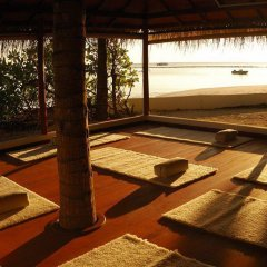 Отель Thulhagiri Island Resort фитнесс-зал