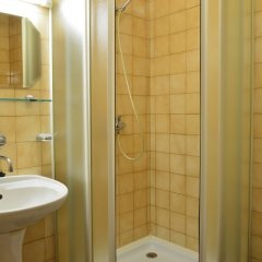 Hotel BESTAR Млада-Болеслав ванная