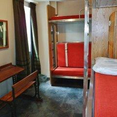 Train Hostel Кровать в общем номере фото 5
