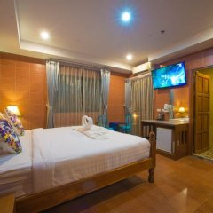 Отель VITS Patong Dynasty 3* Студия Делюкс с различными типами кроватей фото 3