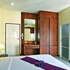 Отель At Phuket Guest House комната для гостей фото 3