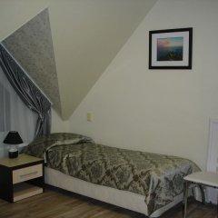 Гостевой дом Три клена комната для гостей фото 2