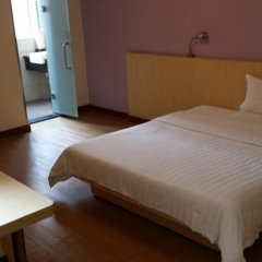 Отель 7 Days Inn (Guangzhou Huanghuagang Metro Station) комната для гостей фото 3