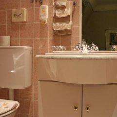 Schweizerhof Hotel Вена ванная